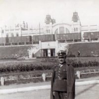 Przed Dworcem Głównym Lwów między marcem a wrześniem 1939 r