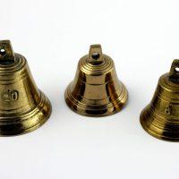 Dzwonki mosiężne z numerami
